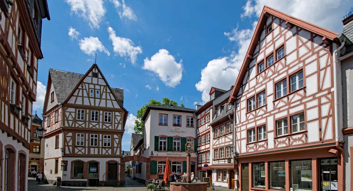 Immobilienanwalt Mainz: Kanzleien für Immobilienrecht - Top 7 Empfehlungen