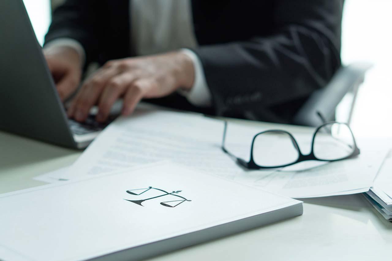 Beurkundung eines Kaufvertrags - Notar, Beurkundungstermin und Zahlung