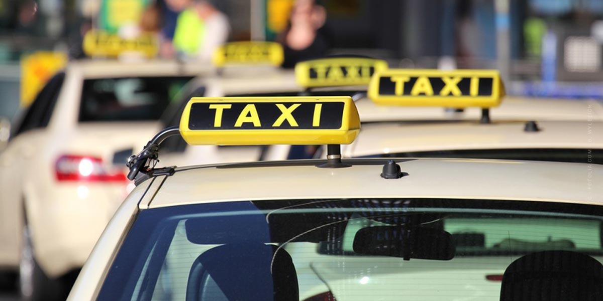 Geld sparen: Günstig fahren mit Auto,Taxi und Fahrrad