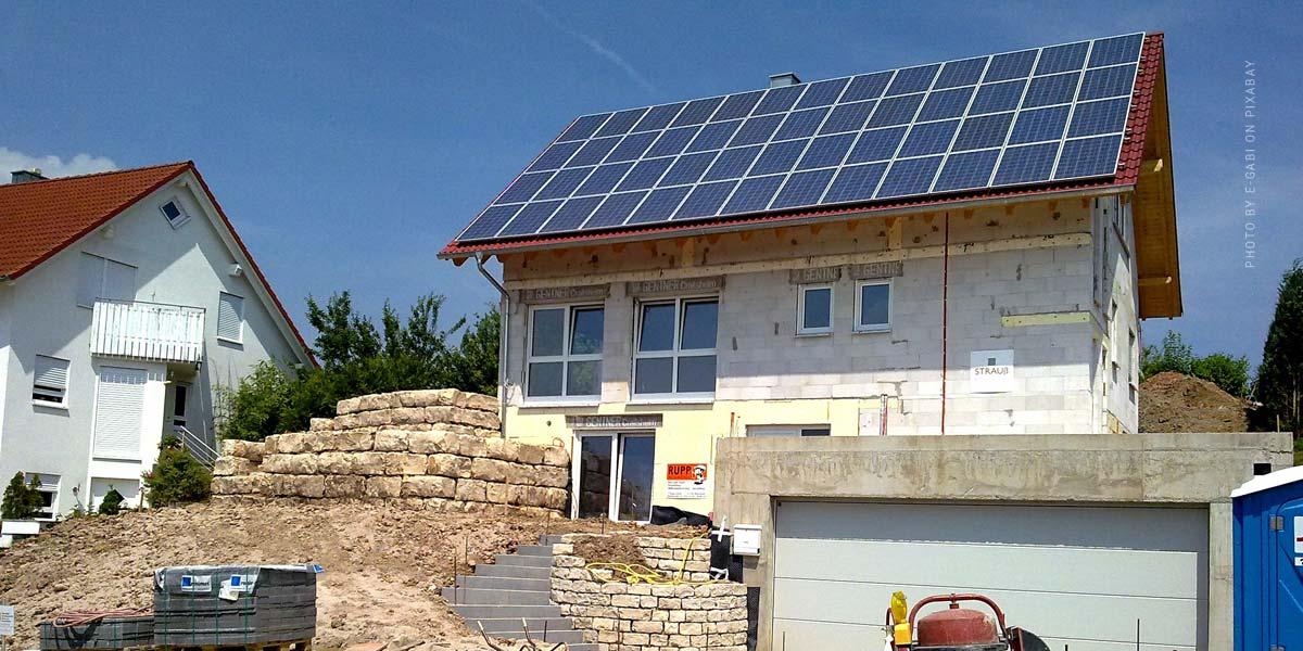 Dachsanierung - Aufsparrendämmung, Kosten & Photovoltaik