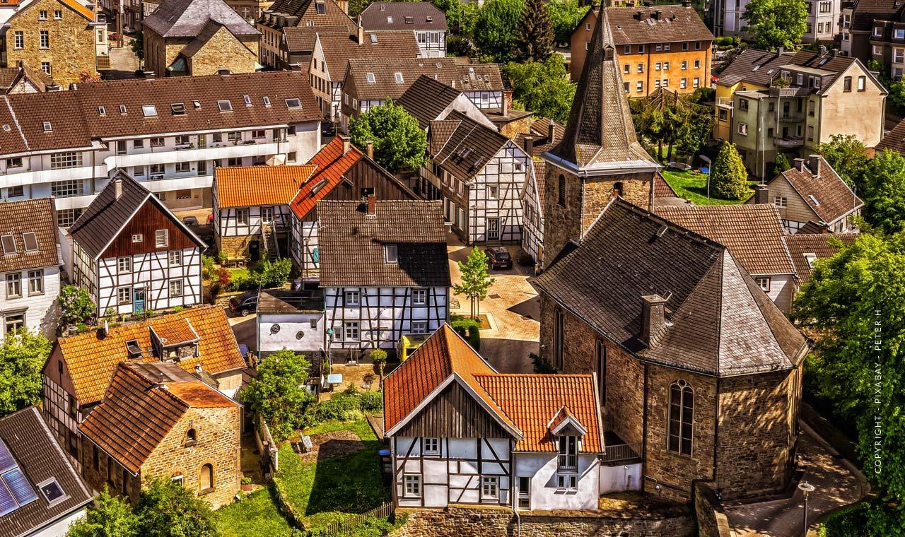 Haus, Wohnung & Grundstück: Immobilie verkaufen in Wiesbaden-Sonnenberg