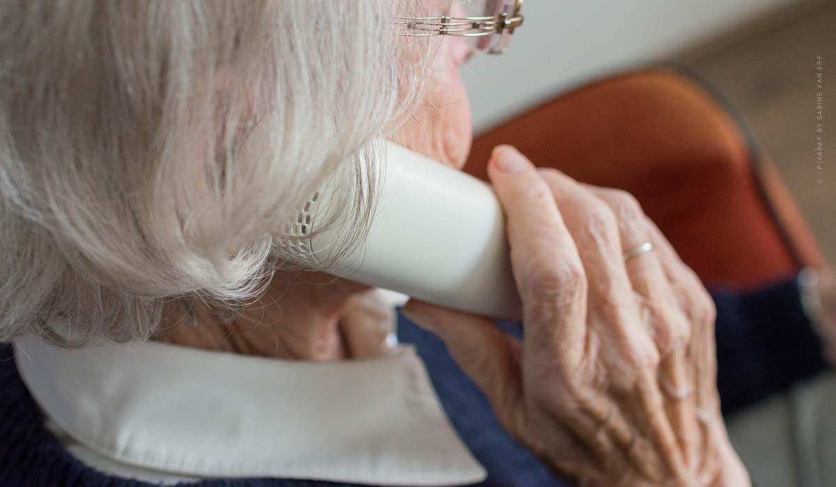 Seniorenwohnung - WBS-Antrag, selber kaufen & betreutes Wohnen