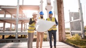 Grundstück verkaufen: Ablauf, Baurecht, Immobilienmakler, Notar, Kosten & Steuern