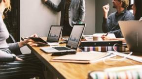 Rechtsformen Firma / Unternehmen (Immobilien): GbR, KG, GmbH, AG & Co. – Vergleich, Vorteile und Steuern