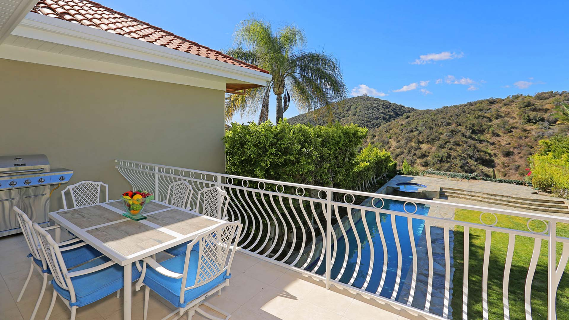 Brentwood, CA 90049 – 2107 Stoney Hill Road – $2,695,000
