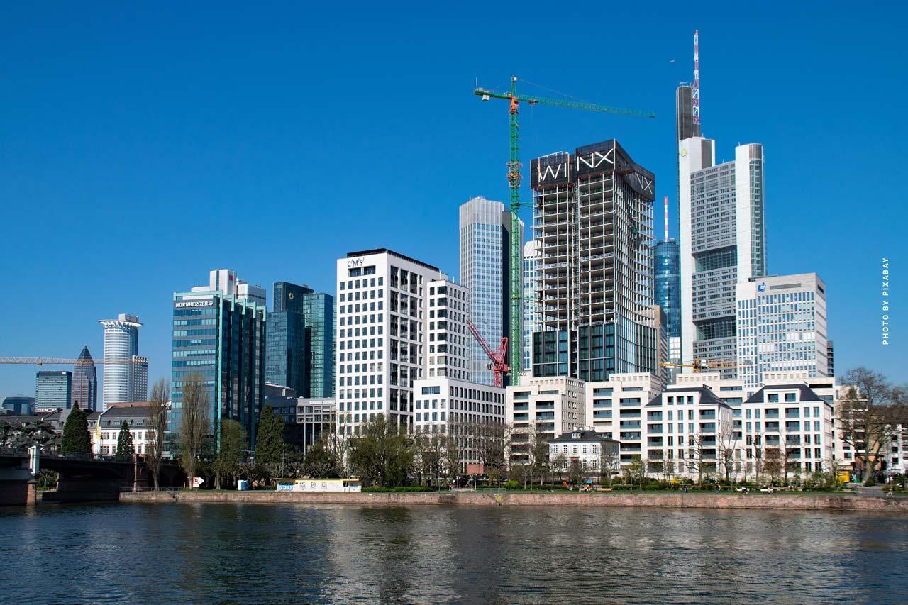 Immobilien verkaufen in Westend (Frankfurt): Preise für Alte Villen, Häuser und Luxusapartments - Tipps