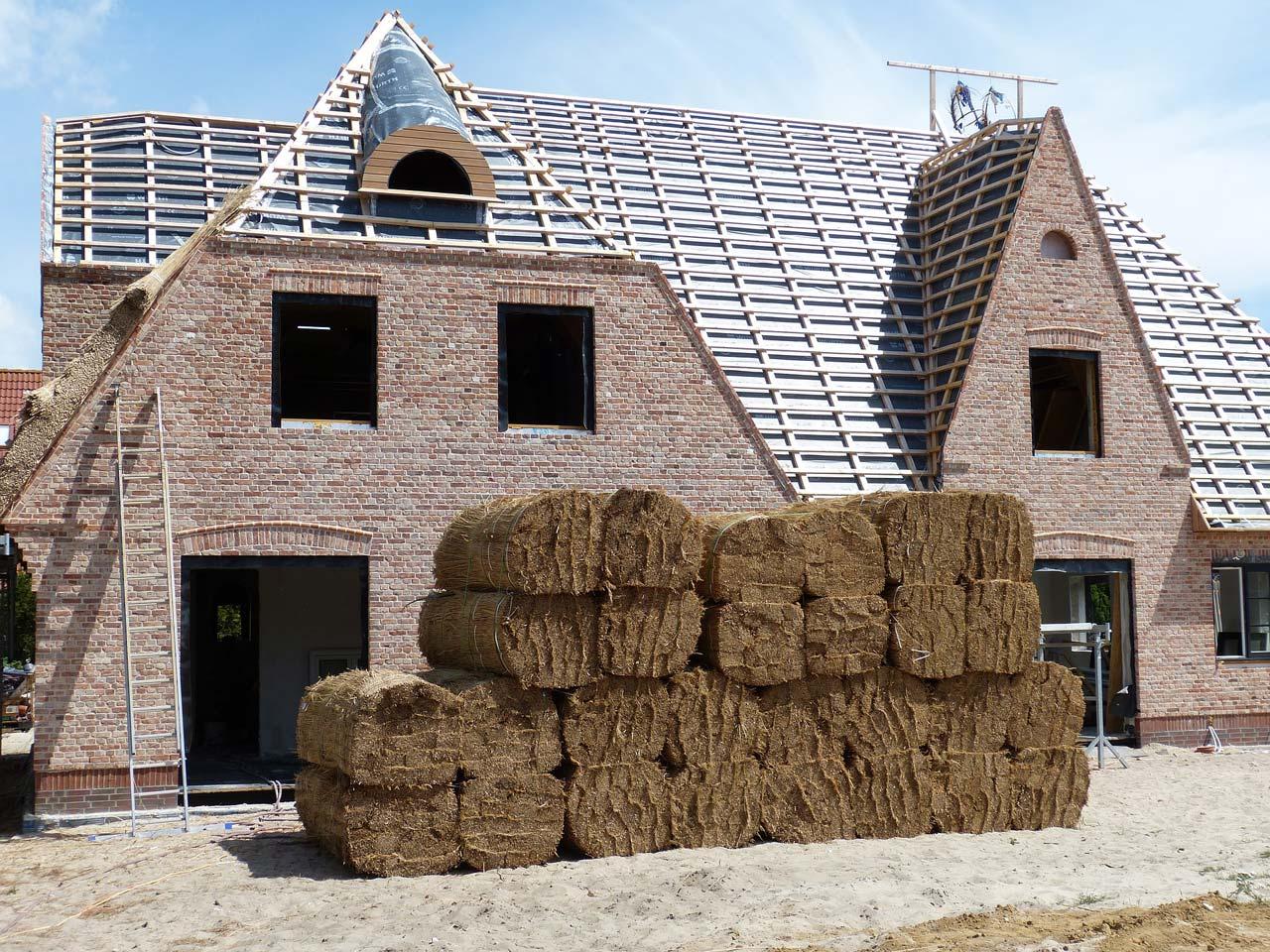 Bauernhof kaufen: Ablauf, Makler, Kosten, Preise & Steuer
