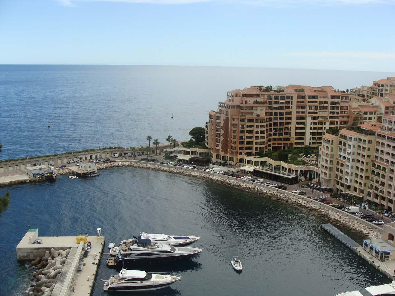 Auslandsimmobilie in Frankreich finden: Online-Portale & beliebte Wohngegenden