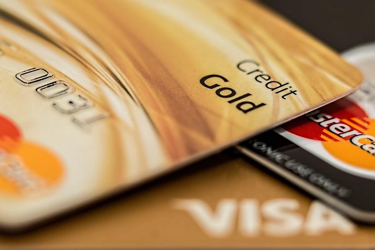 Kreditkarten - Verfügungsrahmen und Nutzungsmöglichkeiten