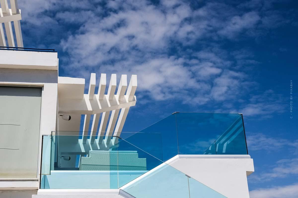 Terrassenwohnung: Definition, Kosten, Vorteile & Nachteile für Mieter und Käufer