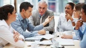 Gesellschaft mit beschränkter Haftung (GmbH) – Gründen, Haftung, Rechtsform, Geschäftsführung, Steuern
