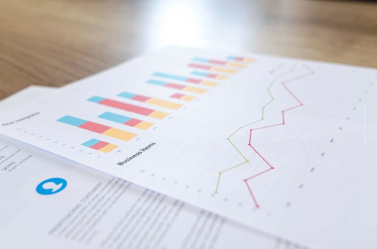 Körperschaftsteuer (KSt) einfach erklärt: UG, GmbH & andere Rechtsformen