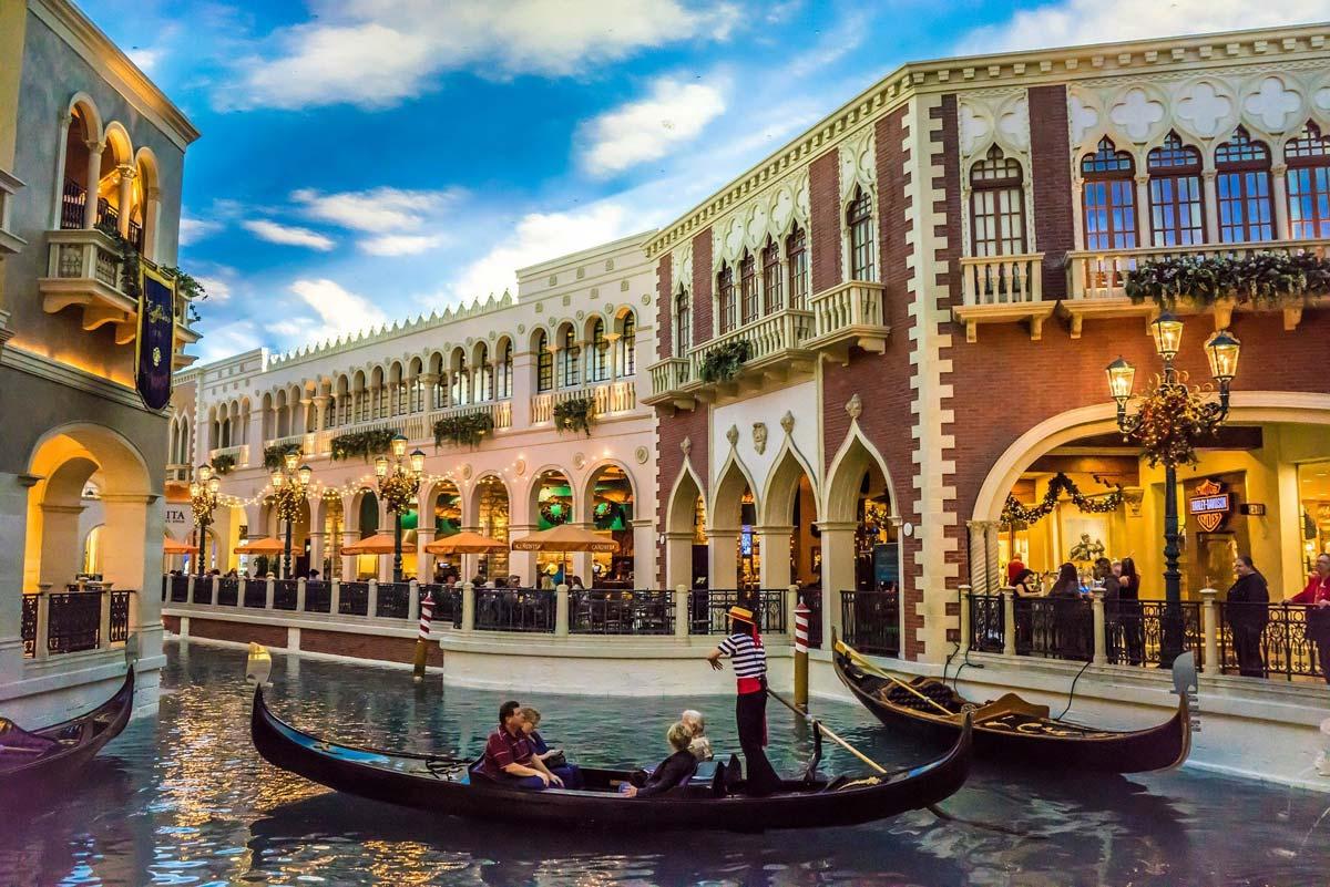 Las Vegas: Immobilien kaufen! Nachbarschaften zum Investieren - Summerlin, der Strip, Arts District und Co.