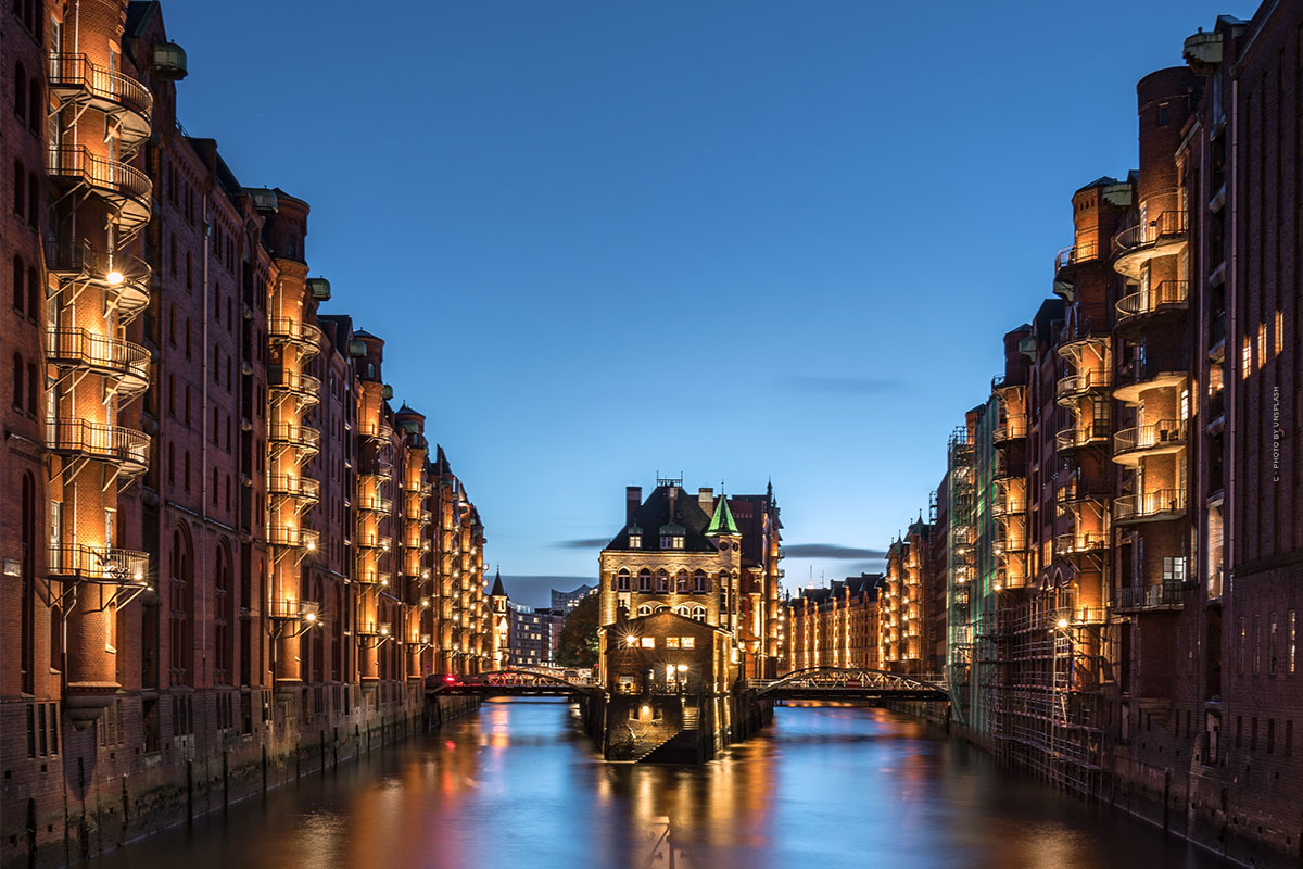 Wohnen in der Speicherstadt (Hamburg): Haus, Wohnung und Grundstück kaufen - Besichtigung, Quadratmeterpreise & Co.