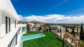Villa Tour Marbella: Das Miami von Europa! 5 Highlights @ FIV Magazine